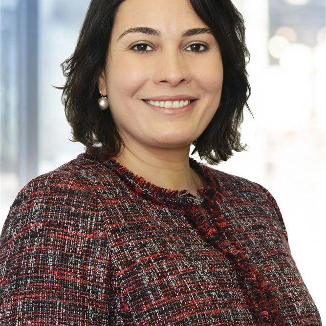 Aline B. Larangeira