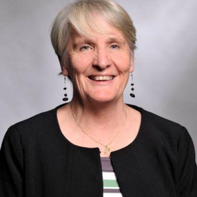 Andrea Hinwood