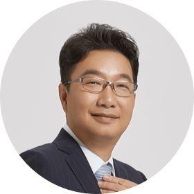Zhenyu Xie