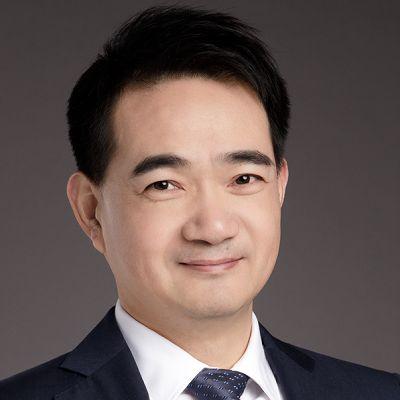 Yijun Yang