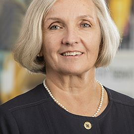 Gwen Nichols