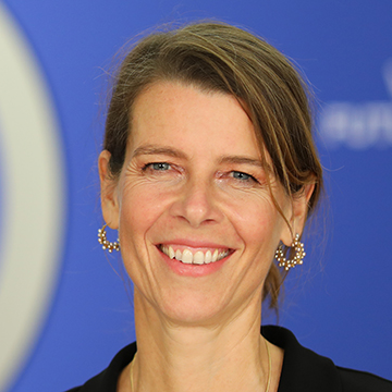 Barbara Karuth-Zelle